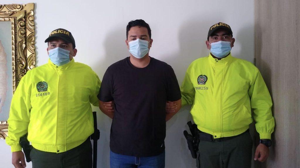 Che Carrillo capturado robo en medios informáticos